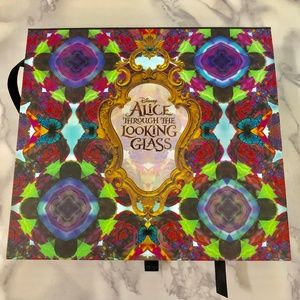 Urban Decay Alice Through the LookingGlass Palette